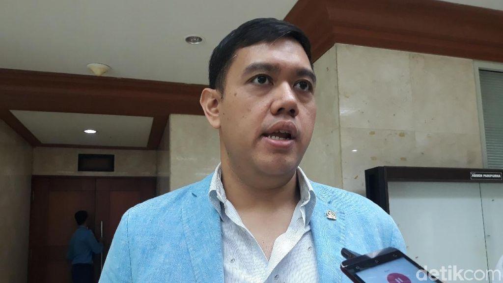 Fenomena Bule Kehabisan Ongkos, Kedubes Diminta Bertanggung Jawab