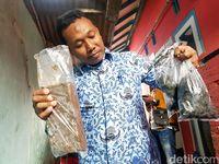Cek Bungker Karamat, Tim Speleologi Bawa Sampel Tanah dan Batu