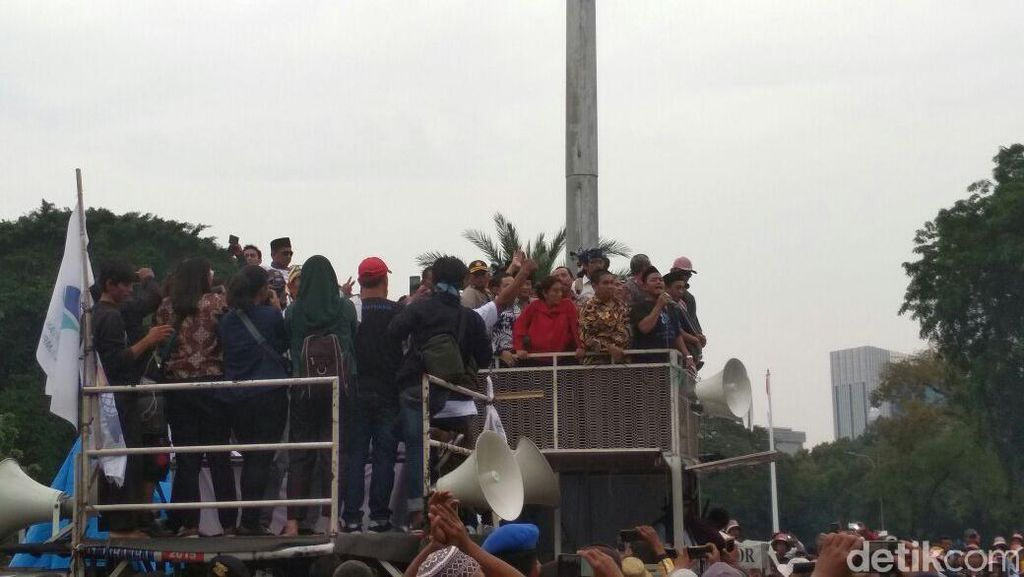 Ditanya Susi Soal Tindakan ke Kapal Asing, Nelayan: Tenggelamin!