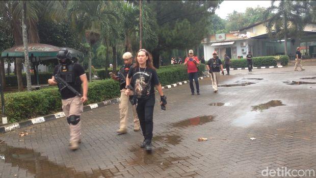 Polisi sterilkan gedung eks TPI