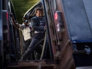 The Commuter: Liam Neeson Sang Penyelamat
