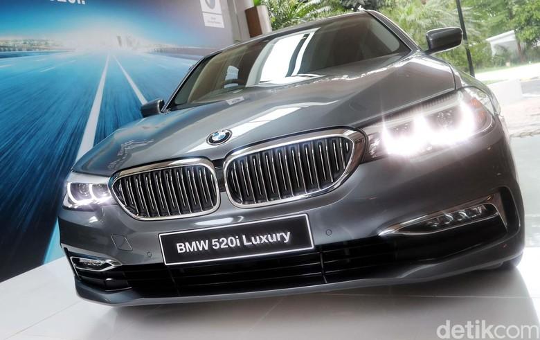 Mobil Listrik BMW Belum Memungkinkan Diproduksi di Indonesia Foto: Grandyos Zafna