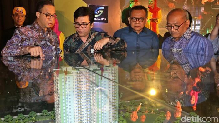 Gubernur DKI Jakarta Anies Baswedan meresmikan pembangunan rumah susun sederhana milik (rusunami) DP Rp 0 pertama di Pondok Kelapa, Jakarta Timur, Kamis (18/1/2018).