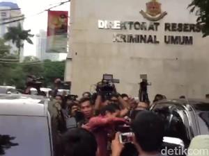 Sandiaga Jewer Kuping Ajudan Gara-gara Salah Mobil