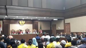 Jawaban Saksi Tak Nyambung, Hakim: Istirahat Dulu Kalau Gemetar