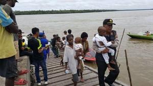Foto: Jauhnya Lokasi Evakuasi Penderita Gizi Buruk Asmat