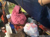 Pencari suaka telantar di trotoar di Kalideres, Jakarta Barat