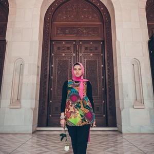 Hijabers Ini Lawan Stereotipe Timur Tengah: Bukan Cuma Abaya dan Unta