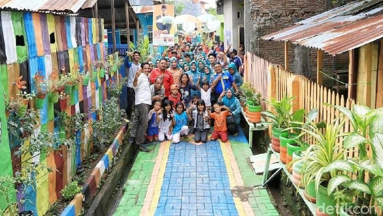 Lorong warna-warni di Rappocini, Makassar (Ibnu Munsir/detikTravel)