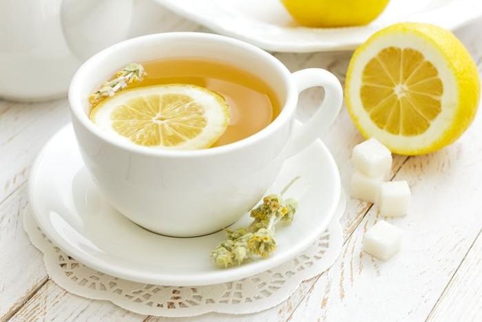 Minum Secangkir Air Lemon Hangat Di Pagi Hari Bisa Bikin Awet Muda