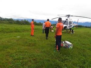 WN Latvia yang Daki Puncak Carstensz Papua Jatuh dan Kakinya Patah