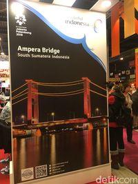 Banner Jembatan Ampera yang telah direvisi.