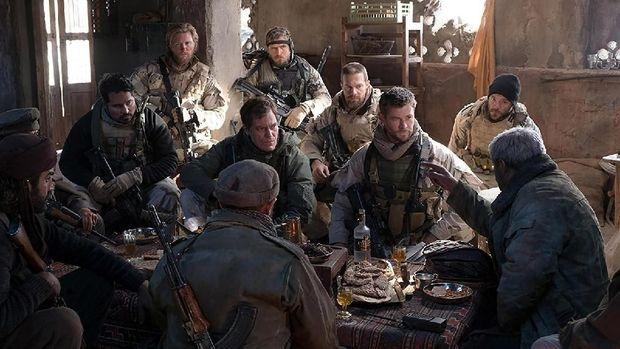 '12 Strong' Misi Dramatis Hadapi Taliban