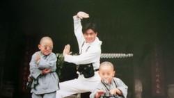 Jimmy Lin yang dikenal dengan kakak Boboho dalam film Shaolin Popey ini ternyata seorang pembalap mobil lho. Lihat gaya hidup sehatnya di sini.