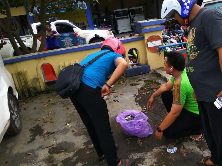 Ini Isi Benda Mirip Bom yang Ditemukan di Sat Lantas Polres Lumajang