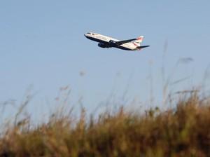 Mabuk, Pria Ini Pamerkan Alat Kelamin ke Penumpang Pesawat