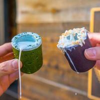 Uniknya Minum Susu dari Gelas <i>Cookies</i> yang Terbuat dari Ubi Ungu