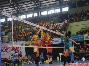 Jakarta PGN Popsivo Polwan Atasi Jakarta BNI Taplus 3-1