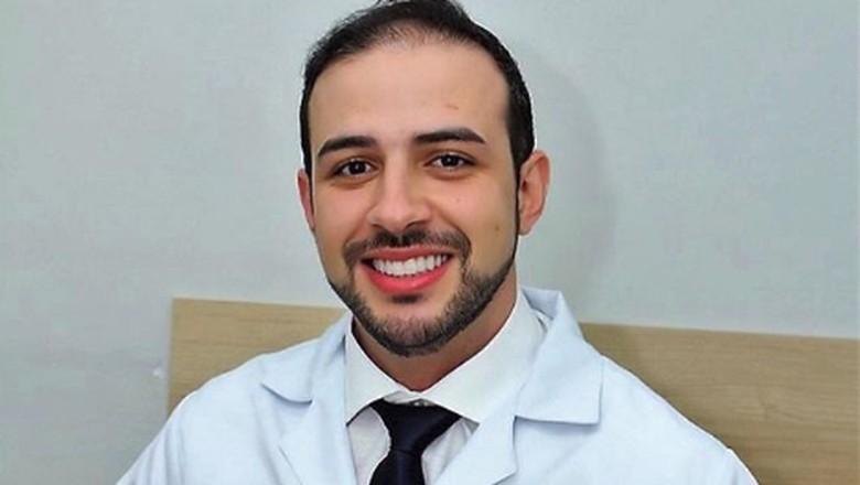 Dokter Ini Ajak Pasiennya Joget Agar Persalinan Lebih Lancar/ Foto: Instagram @drfernandoguedescunha