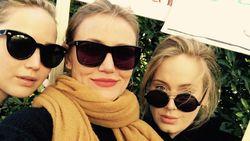 Begini Aksi Adele, Cameron Diaz dan Jennifer Lawrance Demo