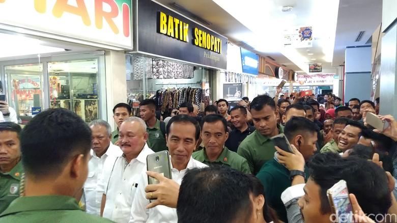Ada Jokowi, Pengunjung Palembang Square Mall Heboh