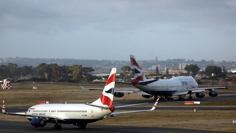 Ilustrasi British Airways (REUTERS/Hannah McKay)