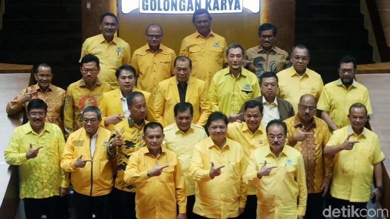 Tak Jadi Ketua DPR, AGK dan Aziz Diberi Posisi Korbid di Golkar