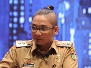 Kemendagri: Pasha Ungu Pejabat Publik, Gaya Rambutnya Tak Etis