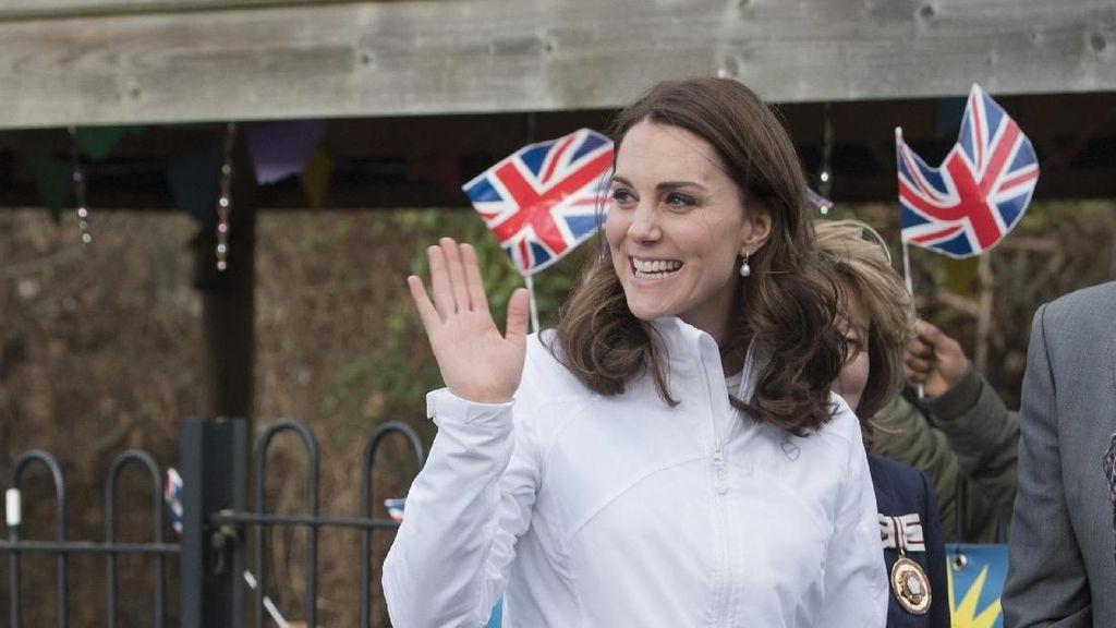 Diam-diam, Kate Middleton Donasikan Rambutnya untuk Anak Kanker