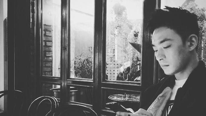 Aktor Jeon Tae Soo meninggal setelah bergulat lama dengan depresi. Ia diketahui sudah rutin menjalankan pengobatan dan terapi untuk mengatasi depresinya. Foto: Jeon Tae Soo/Instagram