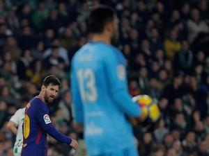 Adan Puji Aksi Messi yang Jebol Gawangnya Dua Kali