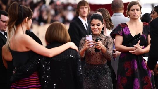Aktris Ini tampil Sangat Seksi di SAG Awards 2018