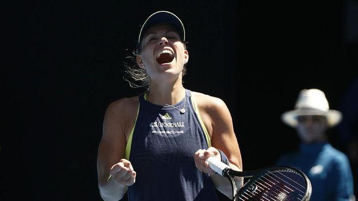 Angelique Kerber melaju ke babak perempatfinal Australia Terbuka 2018. (Thomas Peter/Reuters)