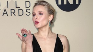 Kristen Bell Kritik First Lady di SAG Awards