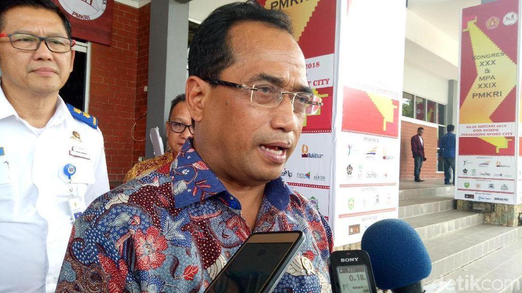 Menhub Dukung Bupati Wajibkan Pramugari Rute Aceh Berjilbab