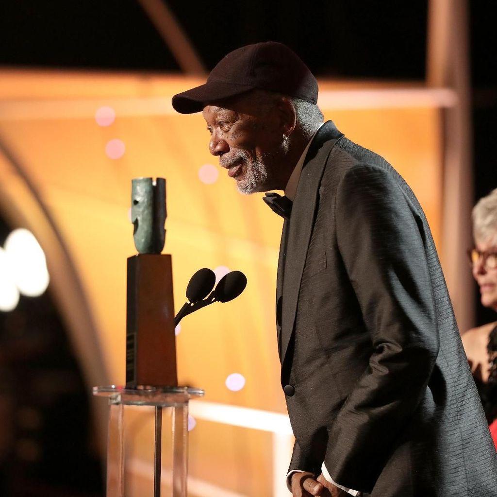 Didera Isu Pelecehan, Penghargaan Film bagi Morgan Freeman Ditinjau Ulang