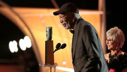 Morgan Freeman Raih Lifetime Achievement di SAG Awards 2018