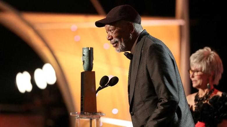 Morgan Freeman Raih Lifetime Achievement SAG Awards 2018