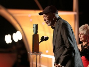 Morgan Freeman Raih Lifetime Achievement SAG Awards 2018