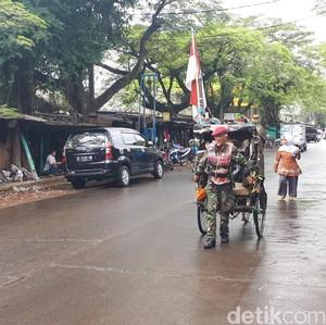 Mengenal Abdul, Penarik Becak Legendaris di Bandung Bergaya Tentara