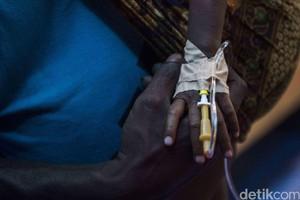 Pasien Membludak, Korban Gizi Buruk Dirawat di Garasi Mobil
