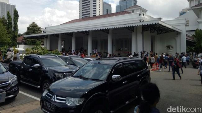 Sederet Anggaran Janggal di DKI, Respons Jokowi soal Desa Hantu