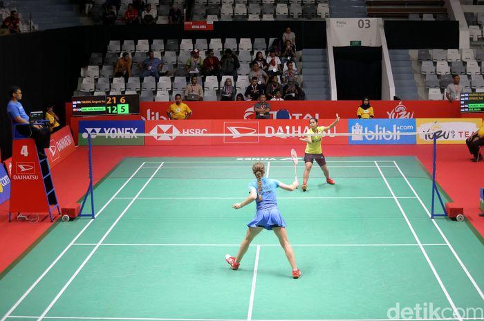 Gregoria Mariska bertanding melawan Sofie Holmboe Dahl di Istora Senayan, Jakarta, Selasa (23/1/2018).