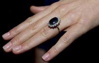 Cincin Berlian untuk Tunangan Tak Lagi Populer di Kalangan Millennial
