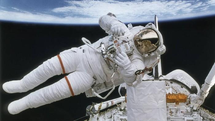 Astronot di antariksa. Foto: Dok. NASA