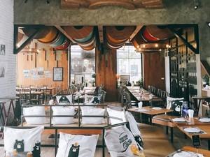 Kalau ke Bangkok, Jangan Lupa Mampir ke 10 Restoran Unik Ini! (2)