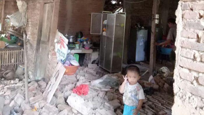 Foto: Bangunan di Pandeglang yang rusak akibat gempa. (Dok Polres Pandeglang)