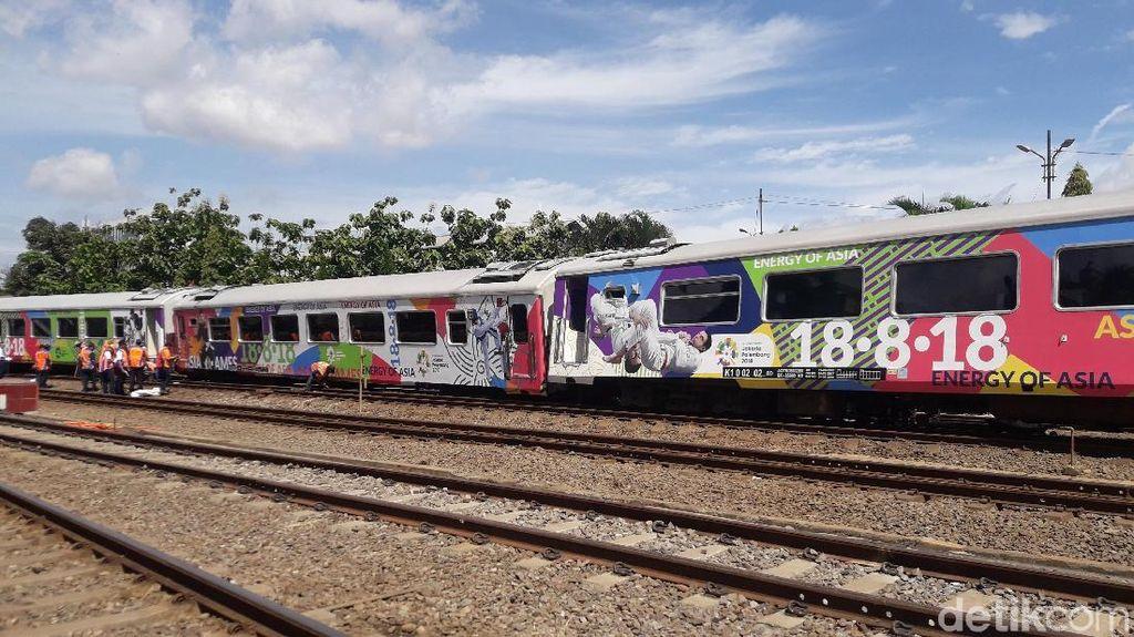 KAI Selidiki Penyebab Kereta Parahyangan Anjlok di Bandung