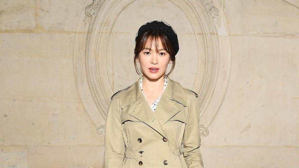 Bukti Tak Menua, Ini Kumpulan Foto Song Hye Kyo dari 20 Tahun Lalu
