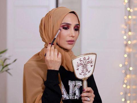 Fakta Amena Khan Hijabers Inggris